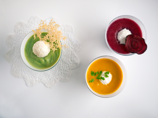 sommersuppe trio med chèvre-is